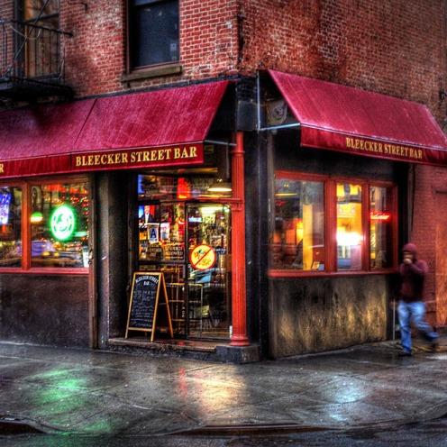 nyc-bar-bleecker-street-bar-2013_54_990x660